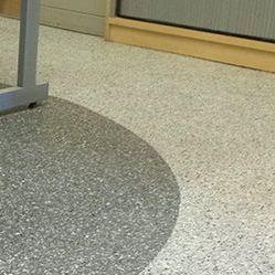 pavimento in resina acrilica / per il settore terziario / liscio / aspetto cemento colorato