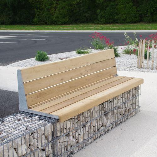 Panca pubblica / da giardino / moderna / in legno massiccio MOBILIER EVOL ID GABION - L'AGENCE URBAINE