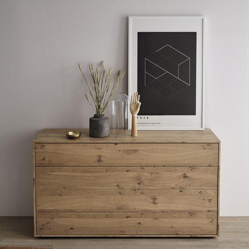 cassettone moderno / in quercia / impiallacciato in legno / per camera d'hotel
