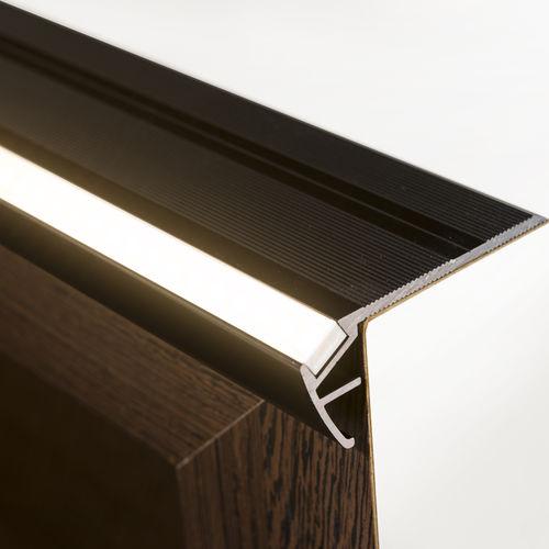 Profilo per gradini in alluminio anodizzato / con profilo illuminato a LED STAIR PROFILE liniLED®