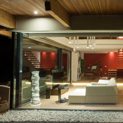 colonna luminosa design originale / in acciaio / LED / da interno