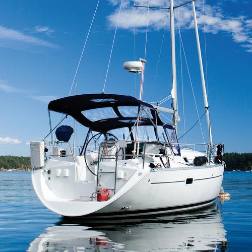 tessuto per protezione solare / a tinta unita / in poliestere / per barca