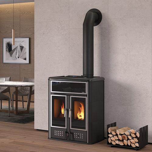 stufa-caldaia a pellet / a legna / moderna / in metallo