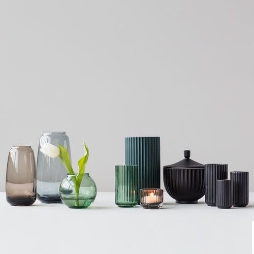 vaso moderno / in porcellana / fatto a mano