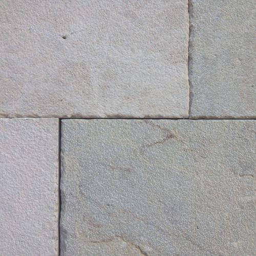 pavimentazione in pietra calcarea / per pedoni / per spazio pubblico / da esterno
