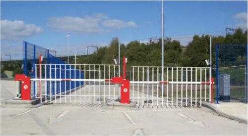 barriera di controllo accessi / a sollevamento / in alluminio / urbana