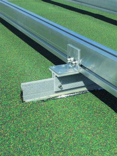 sistema di montaggio per coperture / per tetto di tegole / per modulo fotovoltaico