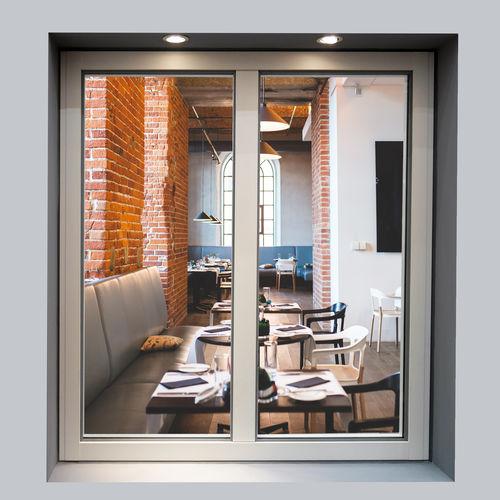 finestra a battente / ad anta ribalta / a soffietto / in alluminio
