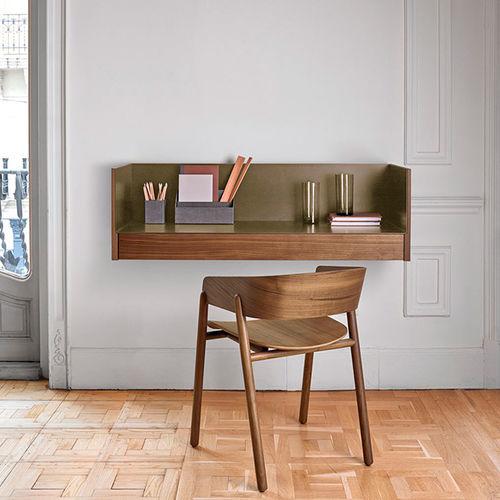scrivania in quercia / impiallacciata in legno / in noce / in MDF