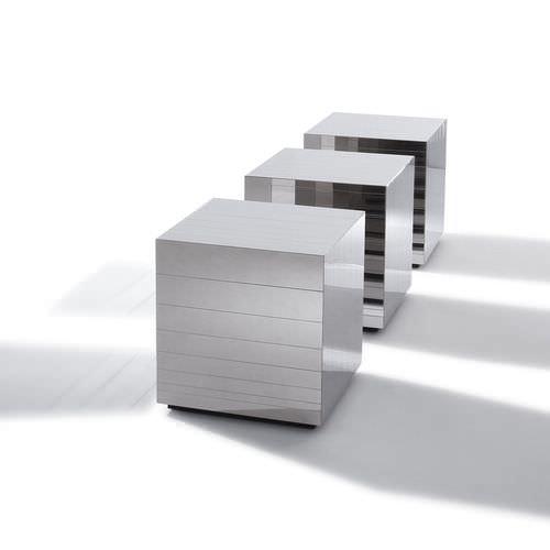 tavolino basso moderno / in acciaio lucido / a cubo / quadrato