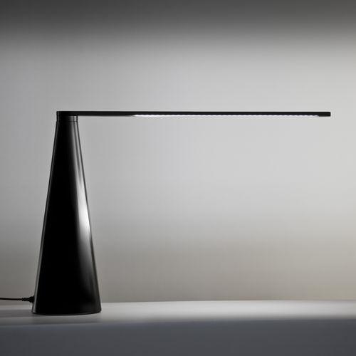 lampada da tavolo / moderna / in alluminio laccato / regolabile