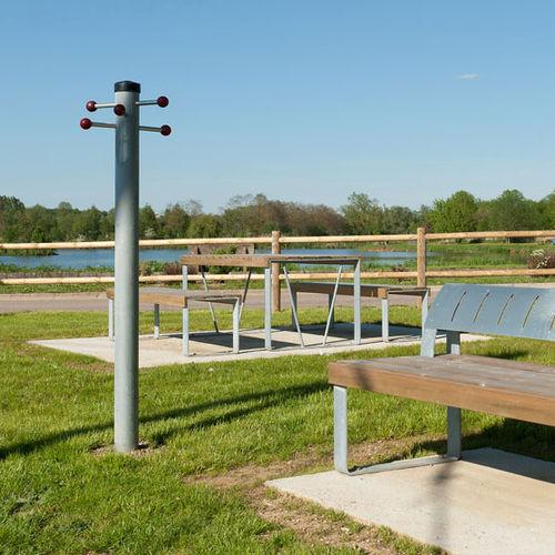 appendiabiti da terra / moderno / in acciaio galvanizzato / per spazio pubblico