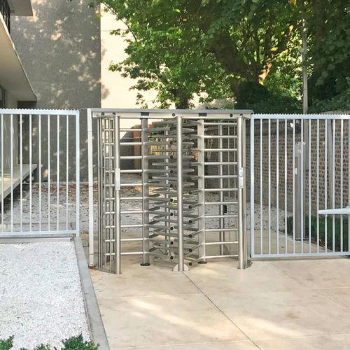 tornello a tutta altezza / in acciaio inossidabile / per controllo accesso / per spazio pubblico