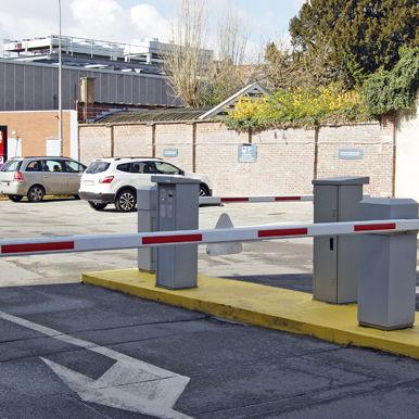 Colonna di controllo accessi / in acciaio / fissa / per parcheggio COMFORT PARKING Alphatronics