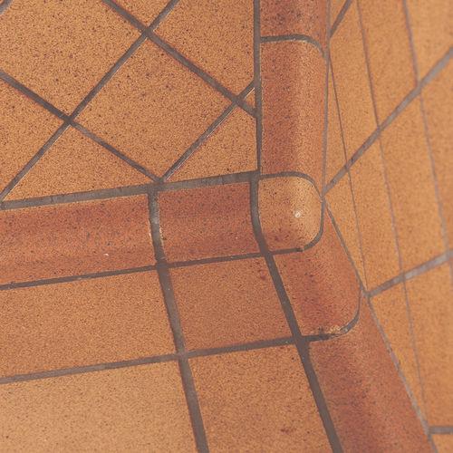 battiscopa in ceramica / esterno