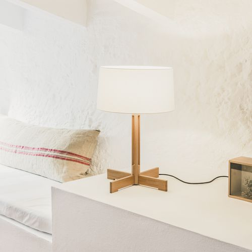 Lampada da tavolo / moderna / in quercia / in lino FAD by Miguel Milá, 1973 Santa & Cole