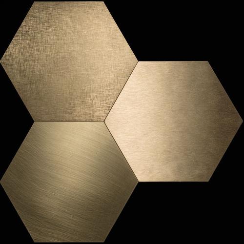 piastrella da interno / da parete / da pavimento / in metallo