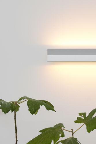 applique moderna / in alluminio / in alluminio estruso / LED