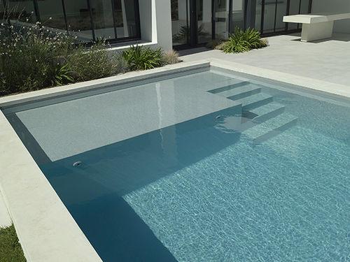 piscina interrata / in calcestruzzo / per hotel / da esterno