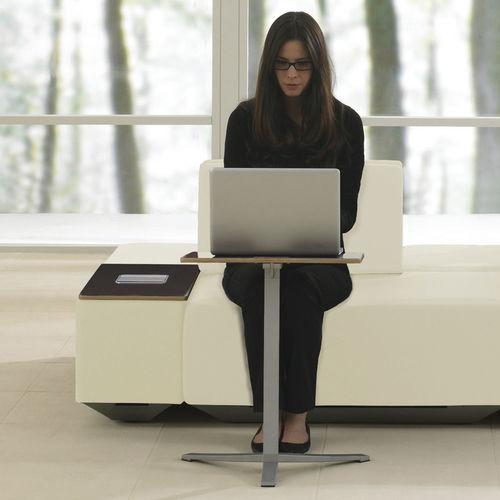 scrivania portacomputer moderna / in legno / tonda / quadrata