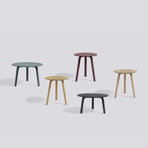 tavolo da bistrot moderno / in legno laccato / in quercia / tondo