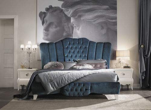 letto matrimoniale / design nuovo barocco / imbottito / in legno