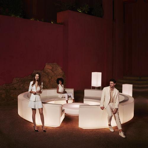 divano modulare / a semicerchio / moderno / da giardino