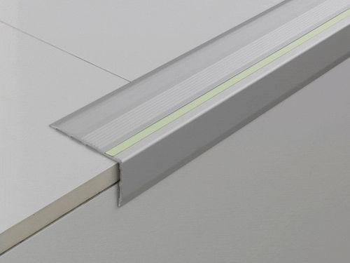 profilo per gradini acciaio / fotoluminescente