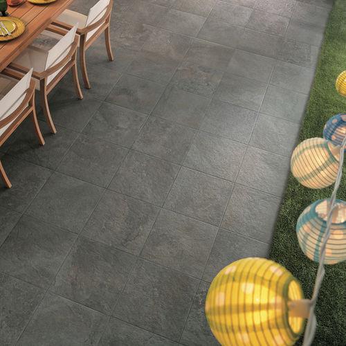Piastrella da esterno / da parete / da pavimento / in gres porcellanato GEO : GRIS Novoceram sas