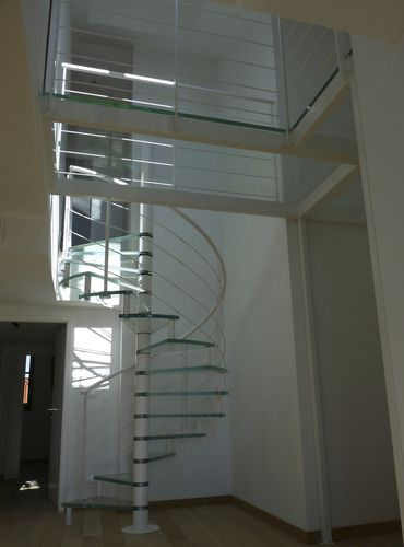 scala a chiocciola / elicoidale / circolare / con struttura in acciaio