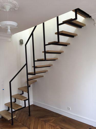 scala a L / con struttura in acciaio / con gradini in legno / senza alzata