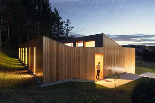 casa prefabbricata / moderna / con struttura in legno