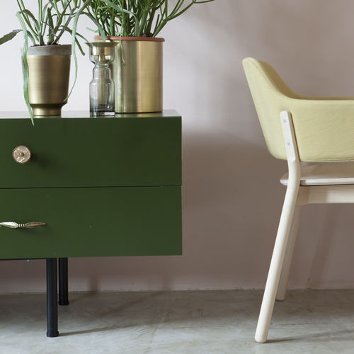 Sedia moderna / in legno / imbottita / con braccioli GAP 494 by Producks Design Studio TEKHNE S.r.l.
