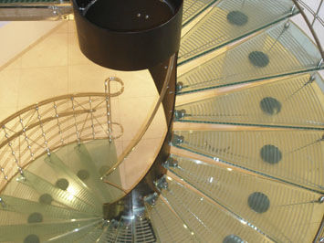 pannello in vetro laminato / temprato / per gradini / trasparente