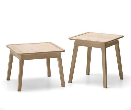 tavolino basso moderno / in quercia / quadrato / da giardino