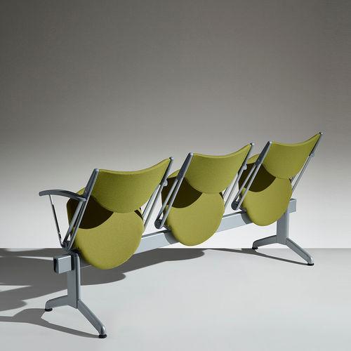 seduta su barra in metallo / in polipropilene / 3 posti / da interno