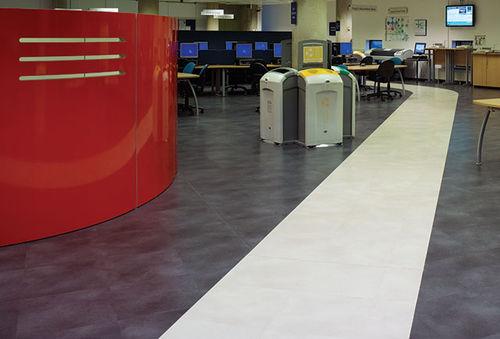Piastrella flessibile da interno / da pavimento / in vinile / aspetto pietra SIMPLAY & TEXTILE PUR Polyflor
