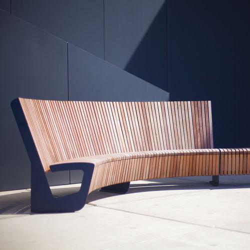 panca pubblica / moderna / in legno di latifoglie / in acciaio galvanizzato