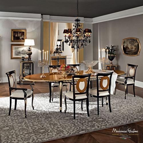 tavolo da pranzo in stile / in legno massiccio / ovale / allungabile
