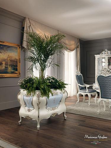 fioriera in metallo / quadrata / in stile / per uso residenziale