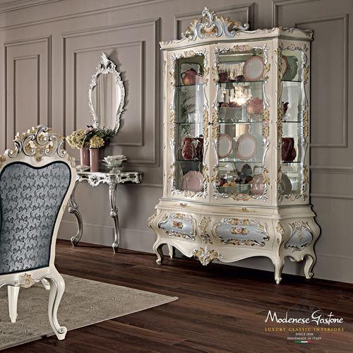 vetrina in stile / su piedistallo / in legno