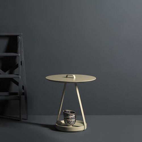 Tavolo d'appoggio moderno / in MDF laccato / in metallo laccato / rotondo ZOE by Discoh KENDO MOBILIARIO