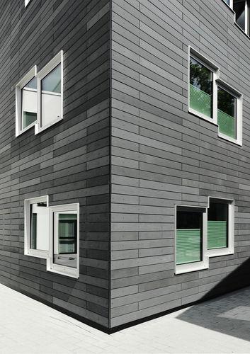 rivestimento di facciata in calcestruzzo fibrorinfrozato / dipinto / in pannelli