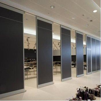 parete fissa / scorrevole impilabile / in legno / ad uso professionale