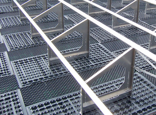 Sistema di montaggio per tetti piani / per tetto verde / per coperture piatte / per applicazioni fotovoltaiche SGR 35/90 ZinCo GmbH