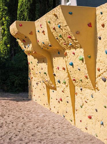 parete d'arrampicata per parco giochi