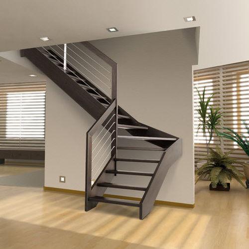 scala a L / con struttura in legno / con gradini in legno / senza alzata