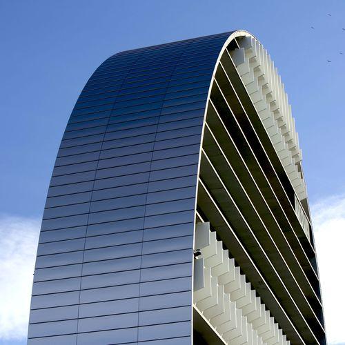 rivestimento di facciata in composito / in alluminio / liscio / in pannelli