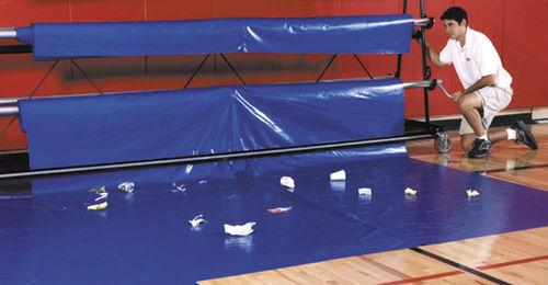 pavimento in PVC / per attività sportiva / in rotoli / liscio