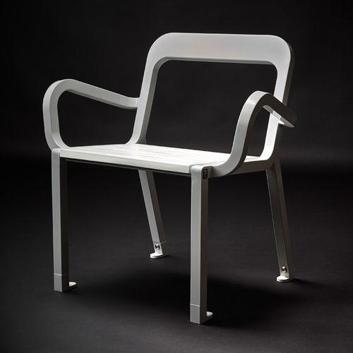 sedia moderna / con braccioli / in legno / in acciaio
